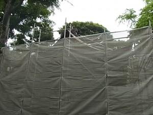 舞殿のお屋根の工事が始まります