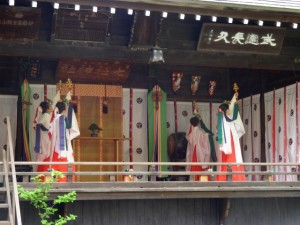 百桃の会6月奉奏